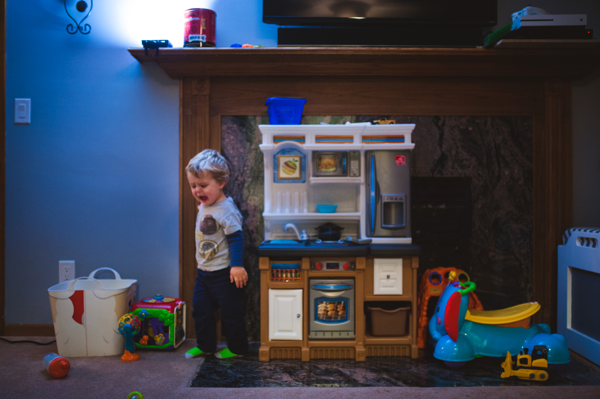 09 Jan 2017   There may not be crying in baseball, but there is definitely crying when it comes to toddlers and 'trucks' - especially when they are out of reach.