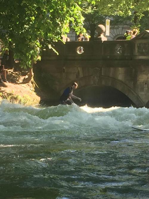 Surfing the Isar at Englisch Garden
