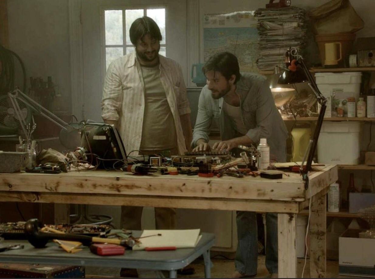 Jobs and Wozniak - Wozniak show off his invention