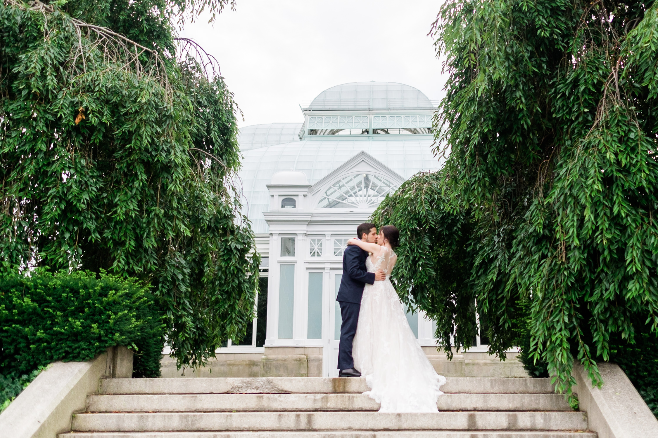 STACY + PAUL  New York Botanical Gardens Wedding