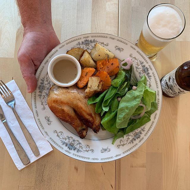 dinner special with us this week @slagelfamilyfarm quarter chicken, light or dark, herb roasted potatoes, @herbanproduce mixed green salad. #logansquare #diner #dinnerspecial #blueplatespecial #roastchicken