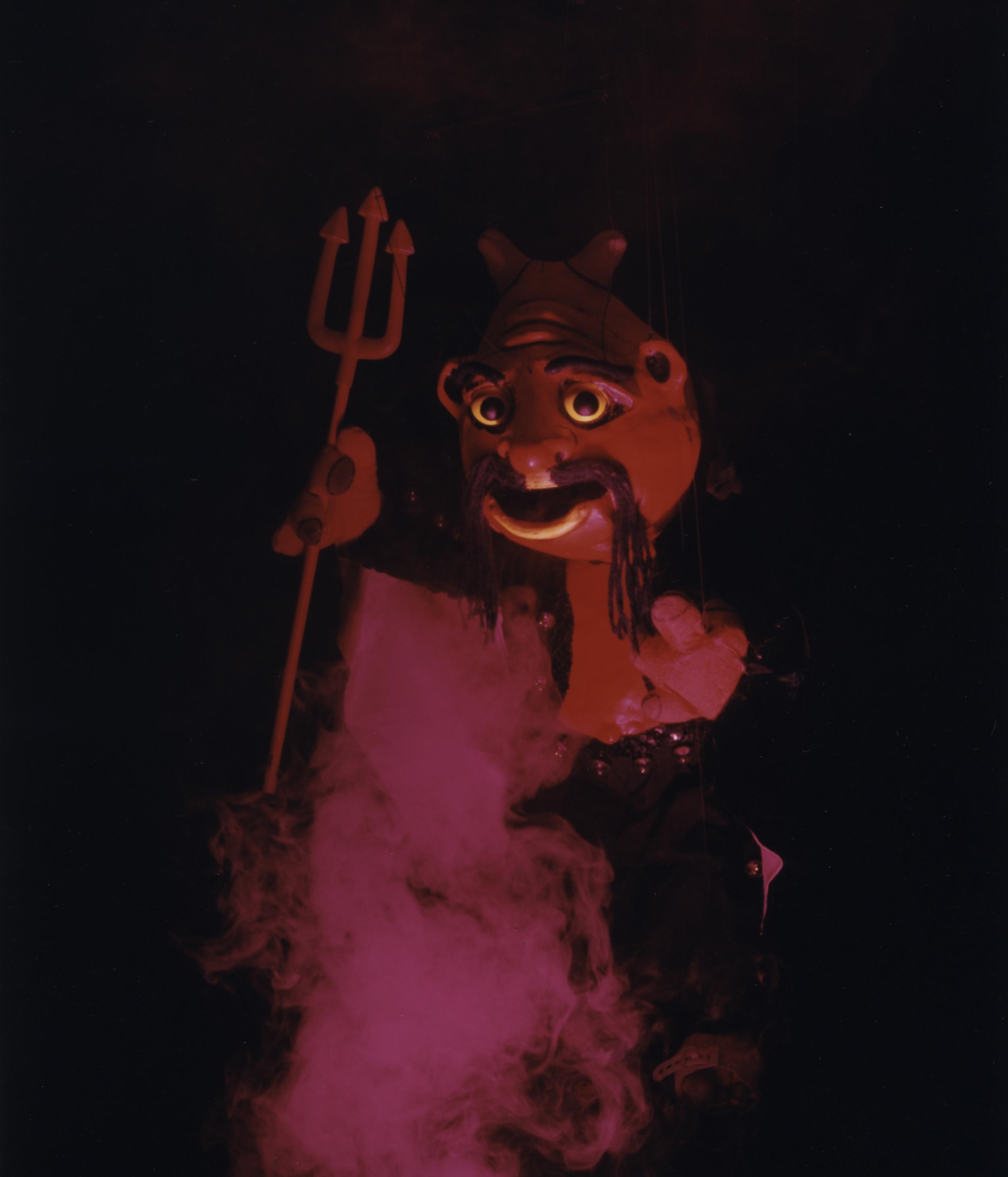 "Wayne Martin Puppets ""Rollerskating Demon"""