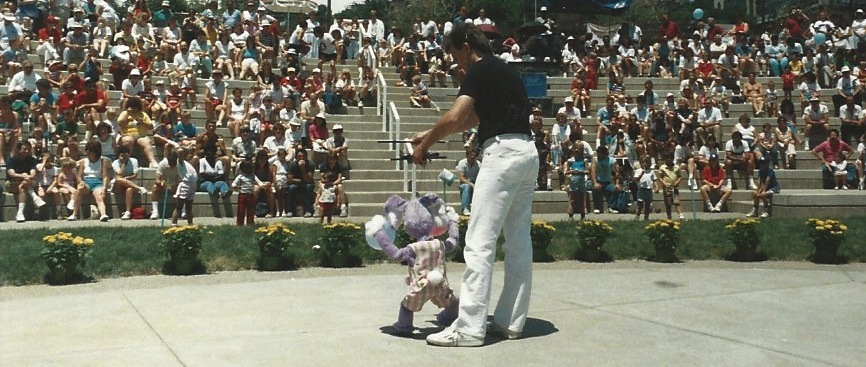 Wayne Martin Puppets performing at Cincinnati, Ohio's Waterfront