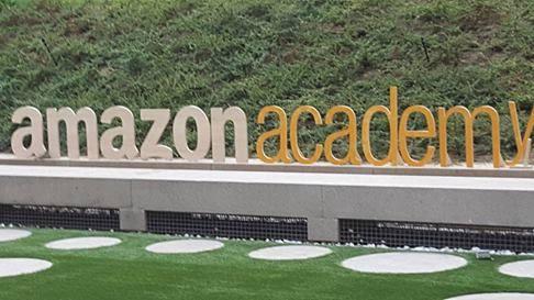 Mercedes Pinto Maldonado I Encuentro Autores Independientes Amazon - 1