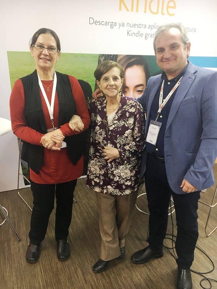 Mercedes Pinto Maldonado Feria Internacional del Libro de Guadalajara 2016 - 8