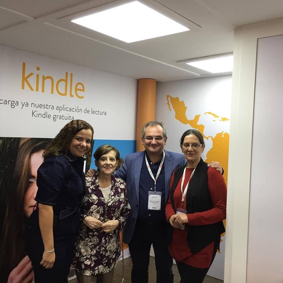 Mercedes Pinto Maldonado Feria Internacional del Libro de Guadalajara 2016 - 9