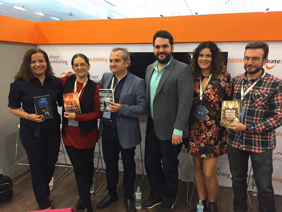 Mercedes Pinto Maldonado Feria Internacional del Libro de Guadalajara 2016 - 10