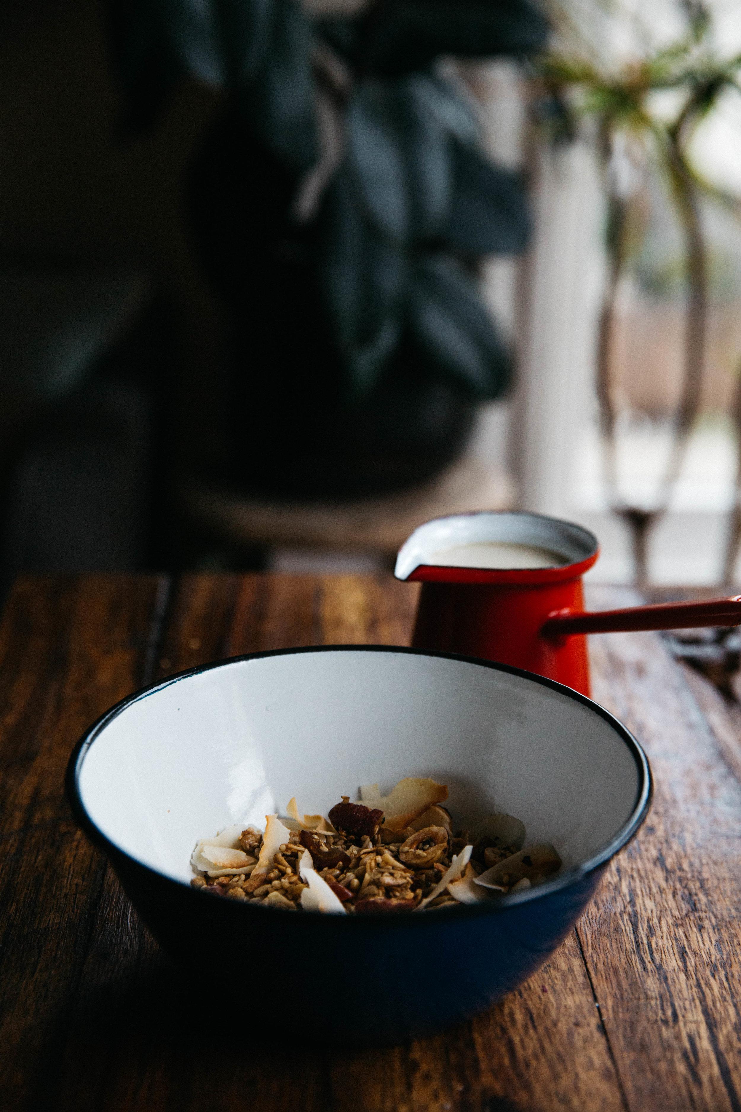 granola_warm_milk-23.jpg