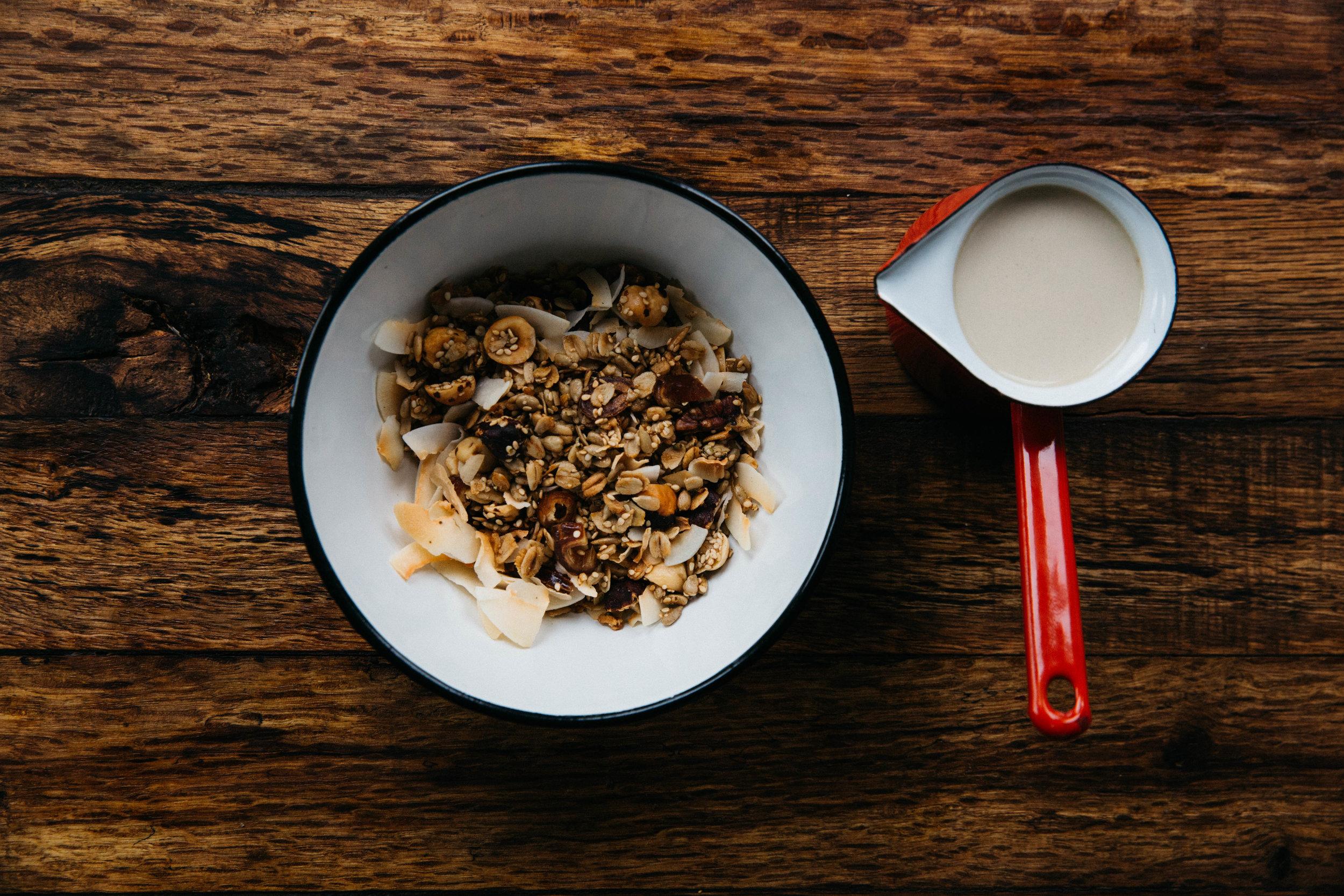 granola_warm_milk-16.jpg