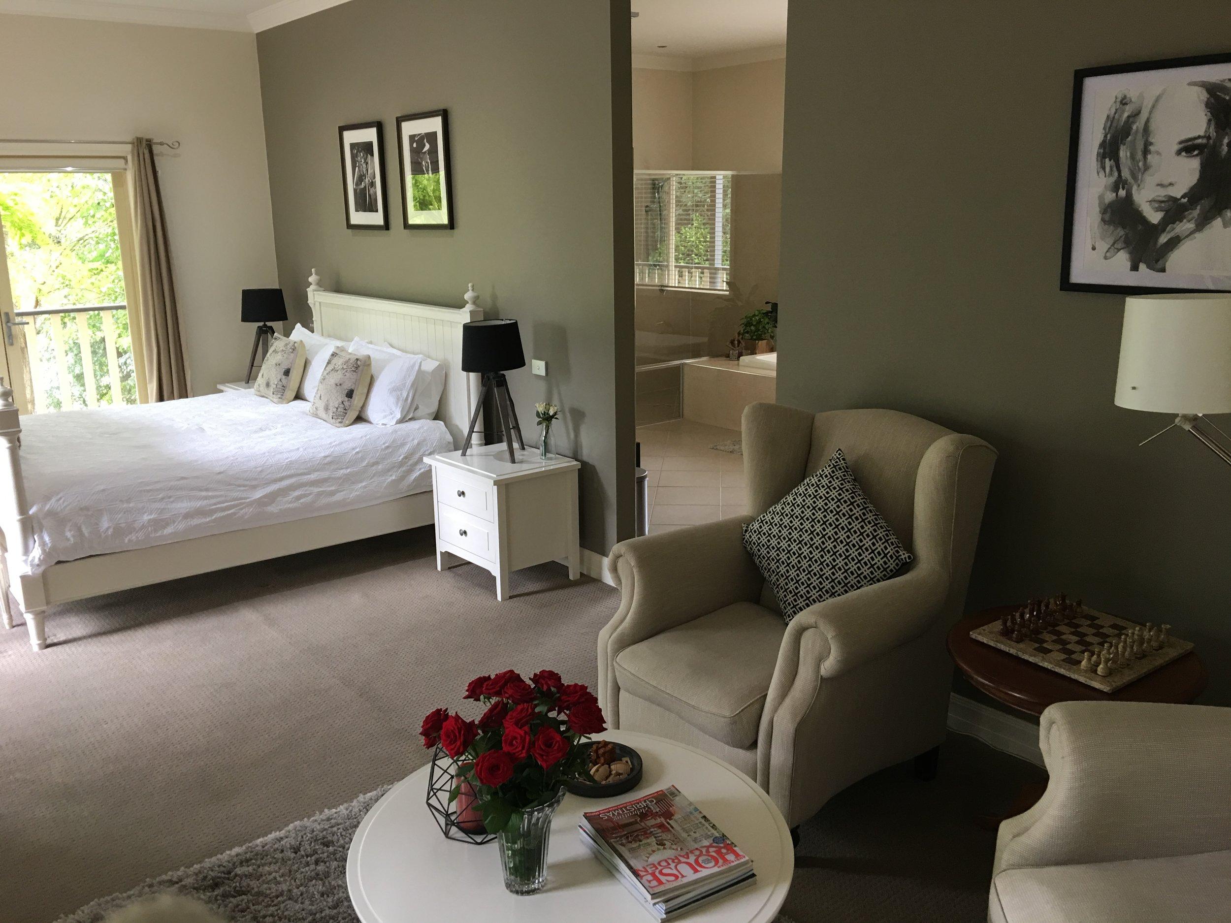 Lounge bed.JPG