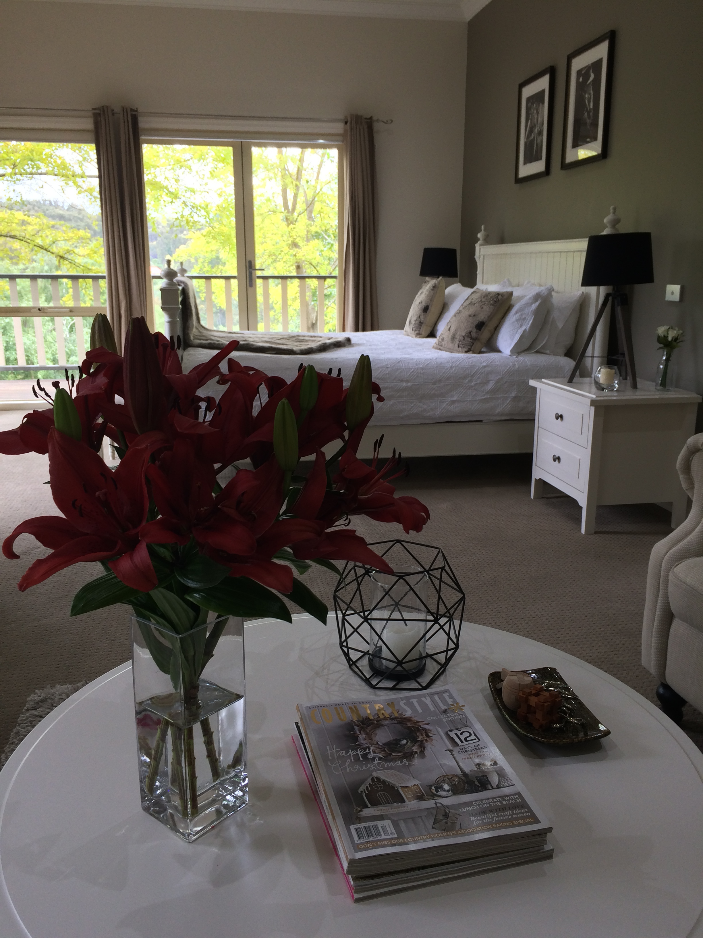 Guest Rm Red Lillies.JPG