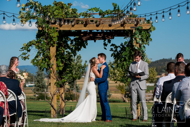 The-Barn-On-Wild-Rose-Prairie-Spokane-wedding-4609.jpg