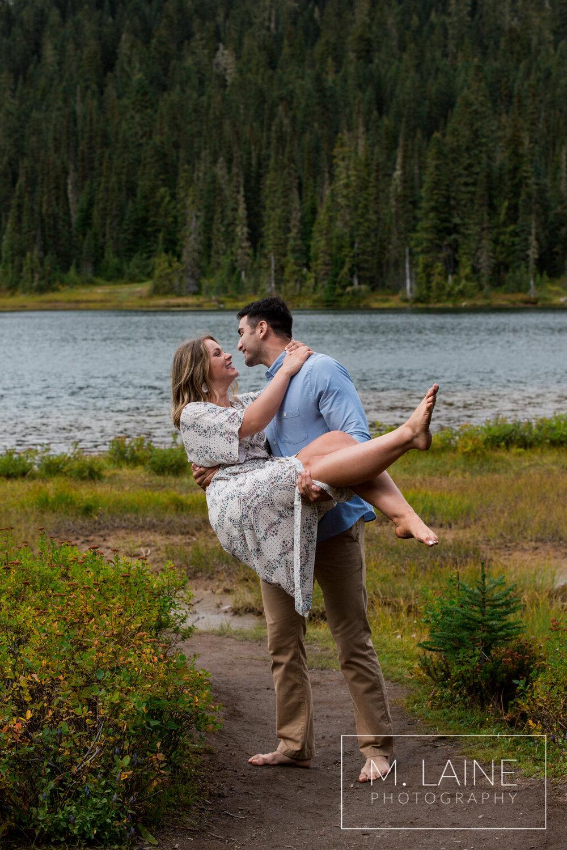 Mount-Rainier-Fall-Engagement-5639.jpg