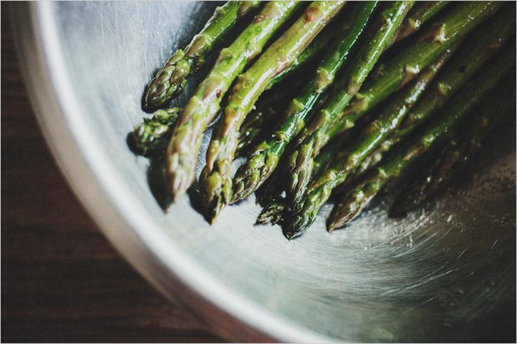 asparagus_w_pepita_pesto_01.jpg