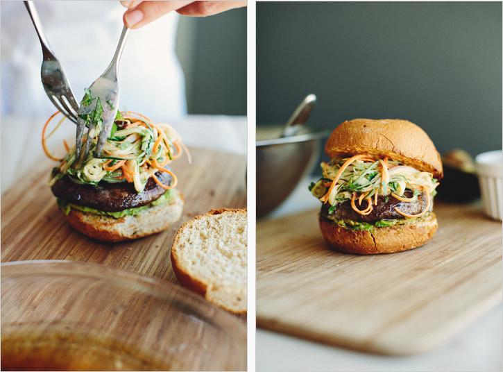 蘑菇汉堡配亚洲沙拉。足彩威廉希尔发芽的厨房