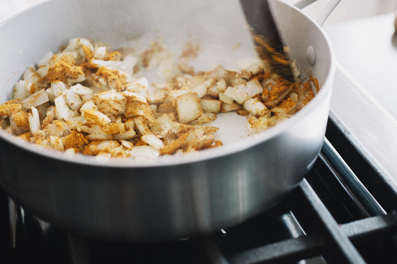curried_cauliflower_rice_04.jpg
