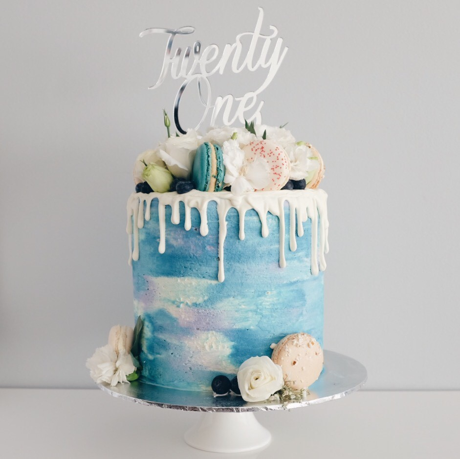 Shades of blue watercolour cake