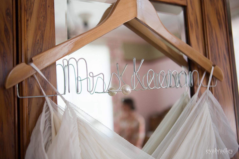 wedding-coathanger-oruawharo