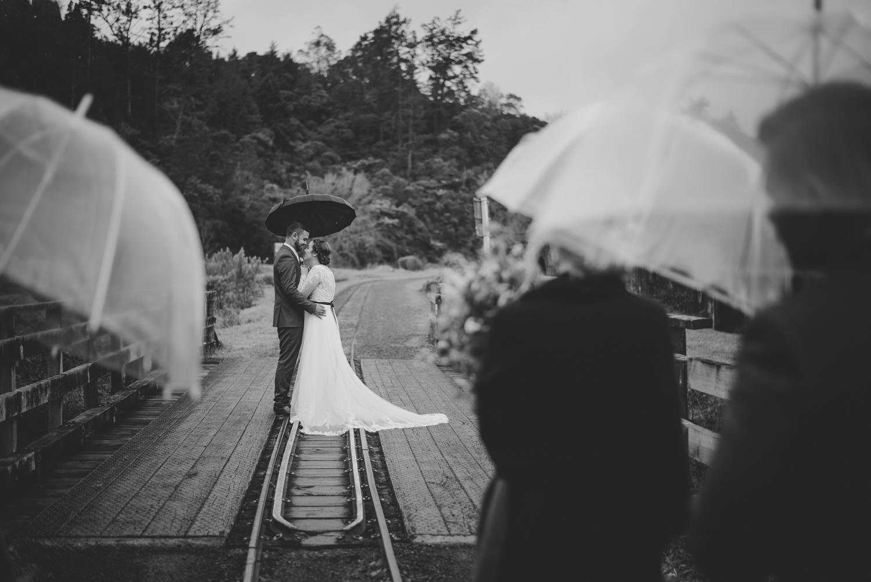 wet-wedding-wedding-photos