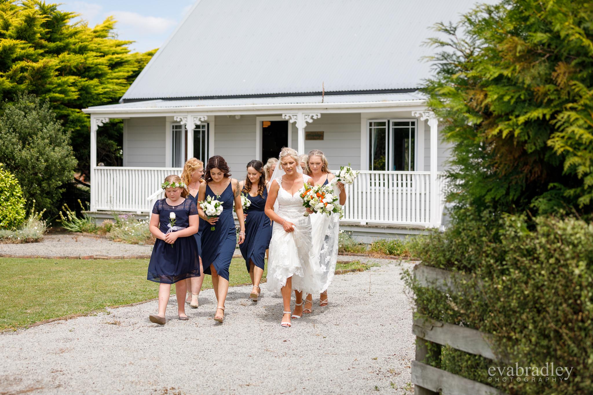 new-zealand-country-wedding