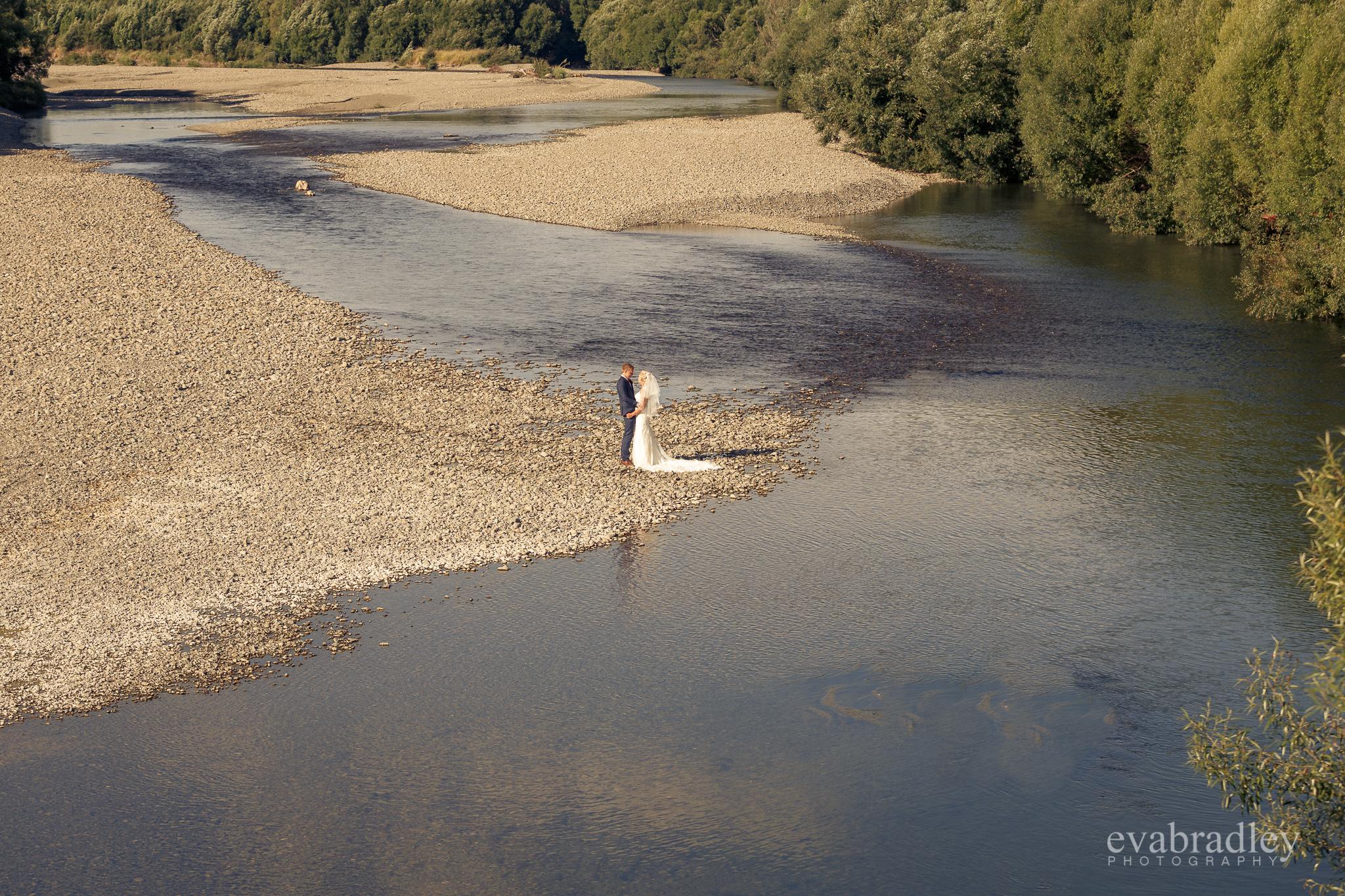 nz-river-wedding-photography-eva-bradley