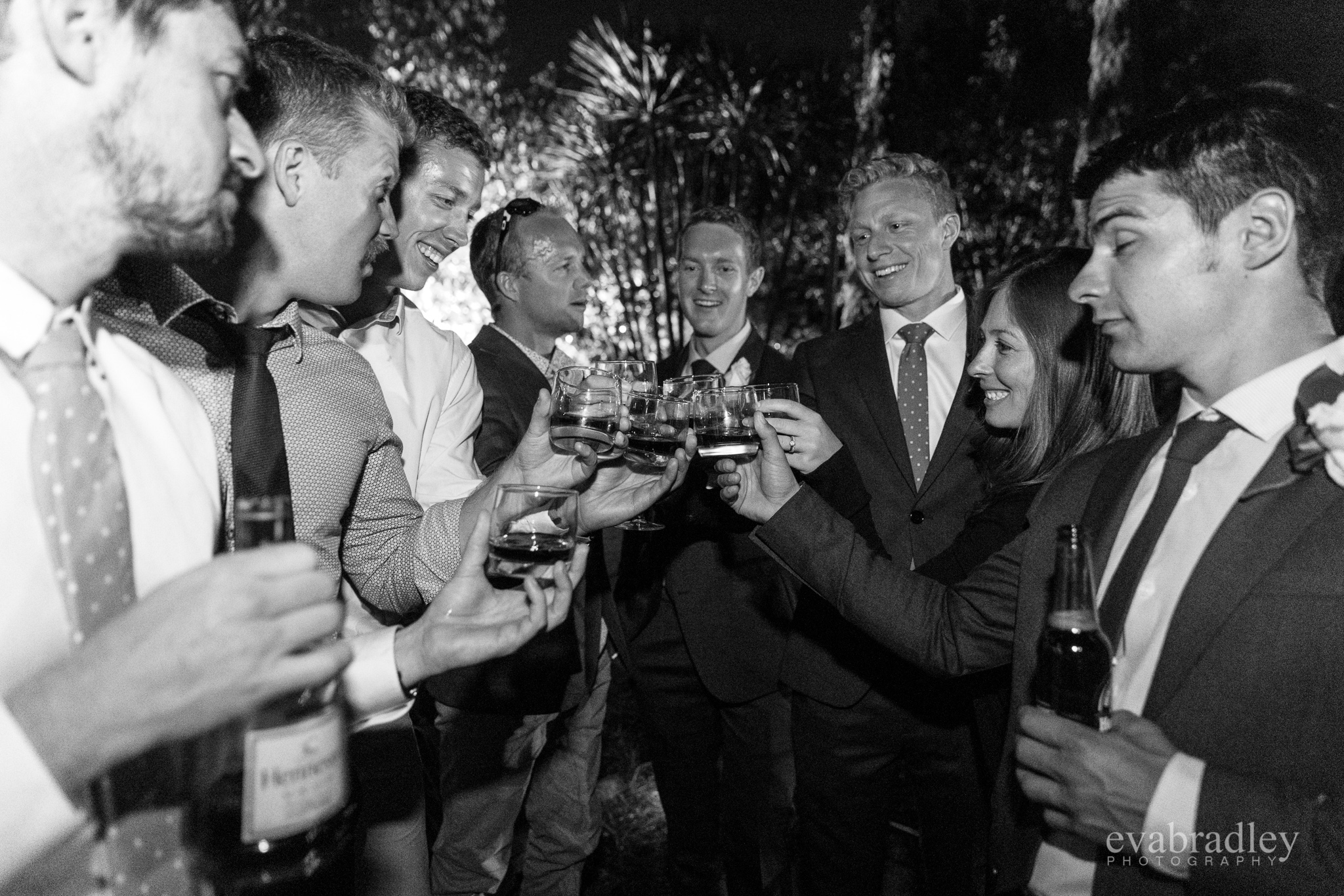 cigars-hawkes-bay-wedding