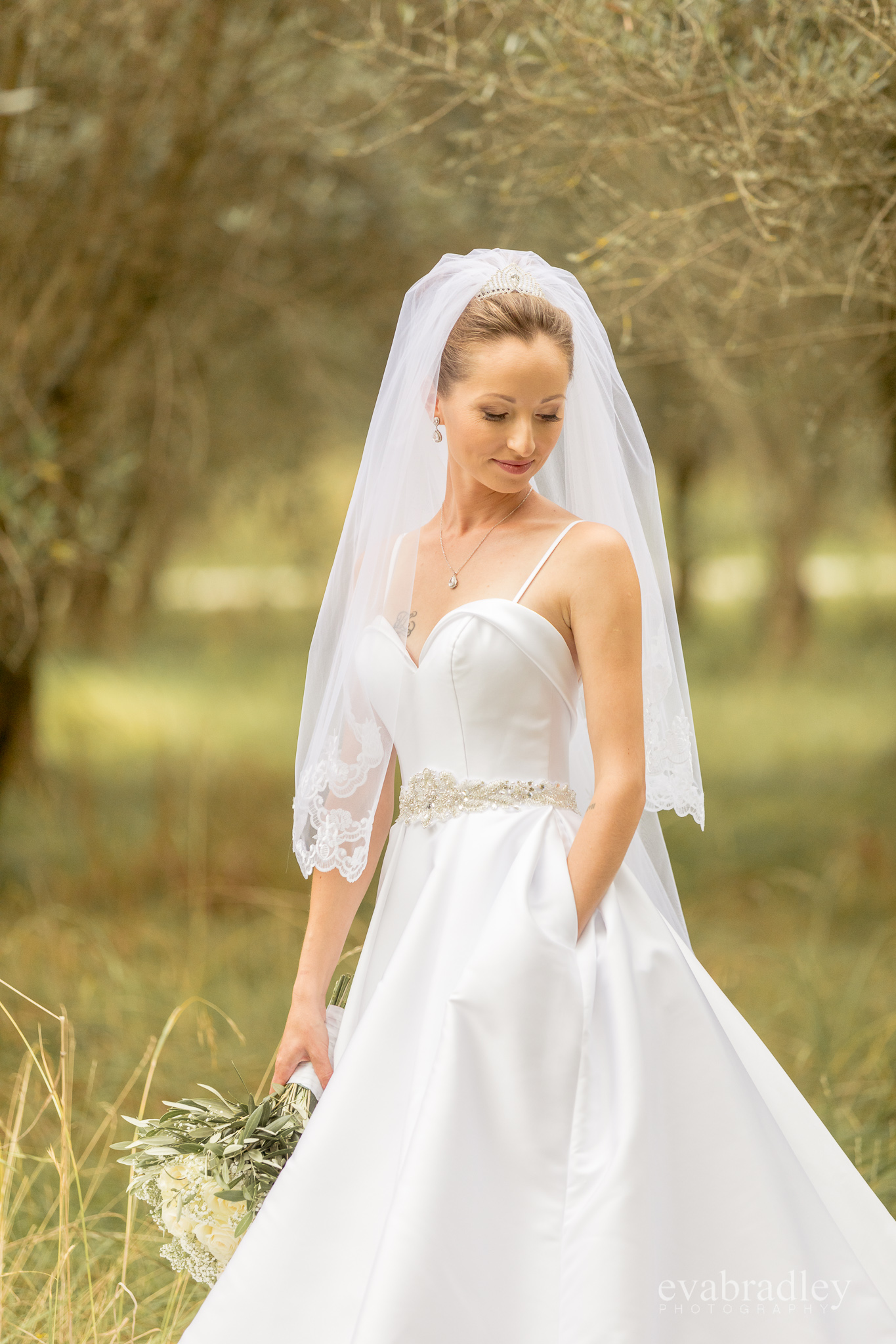 wedding-dresses-nz-pockets