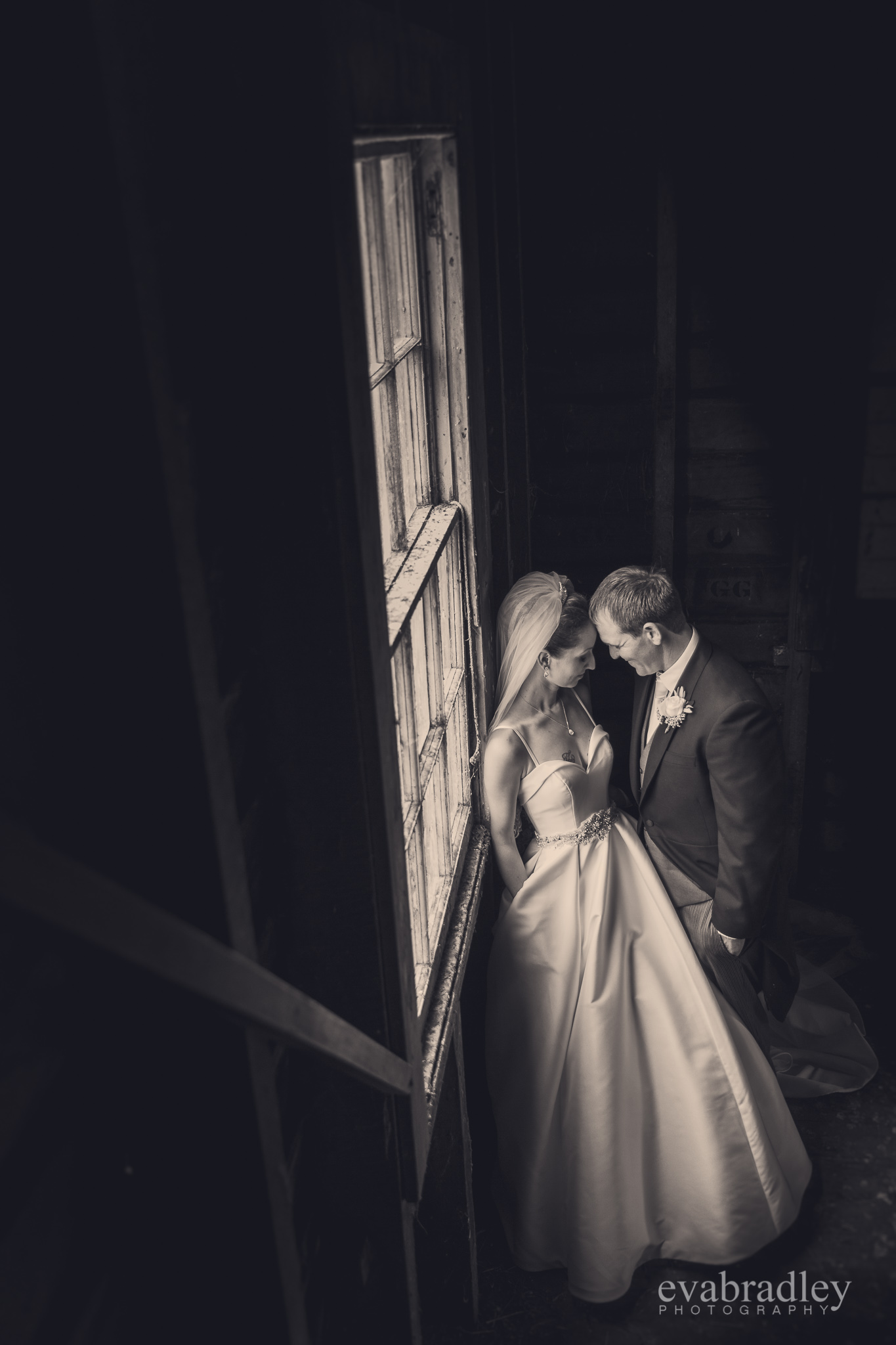 best-new-zealand-wedding-photographers-eva
