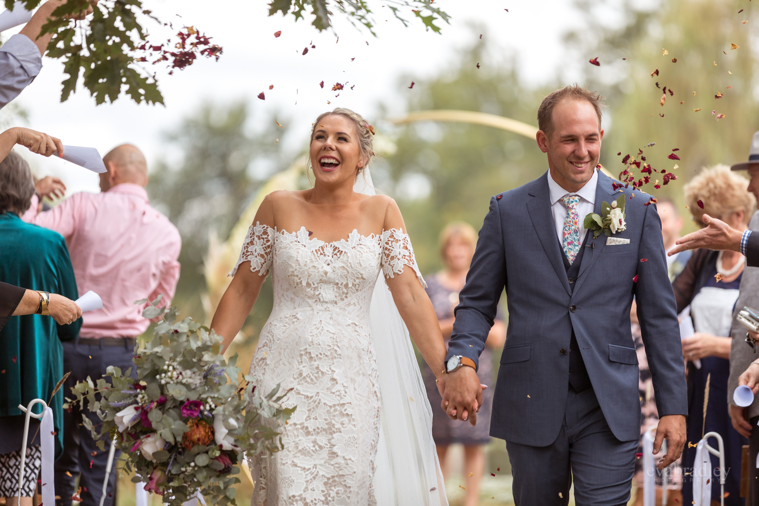 wedding-photographers-hawkes-bay-nz-eva-bradley
