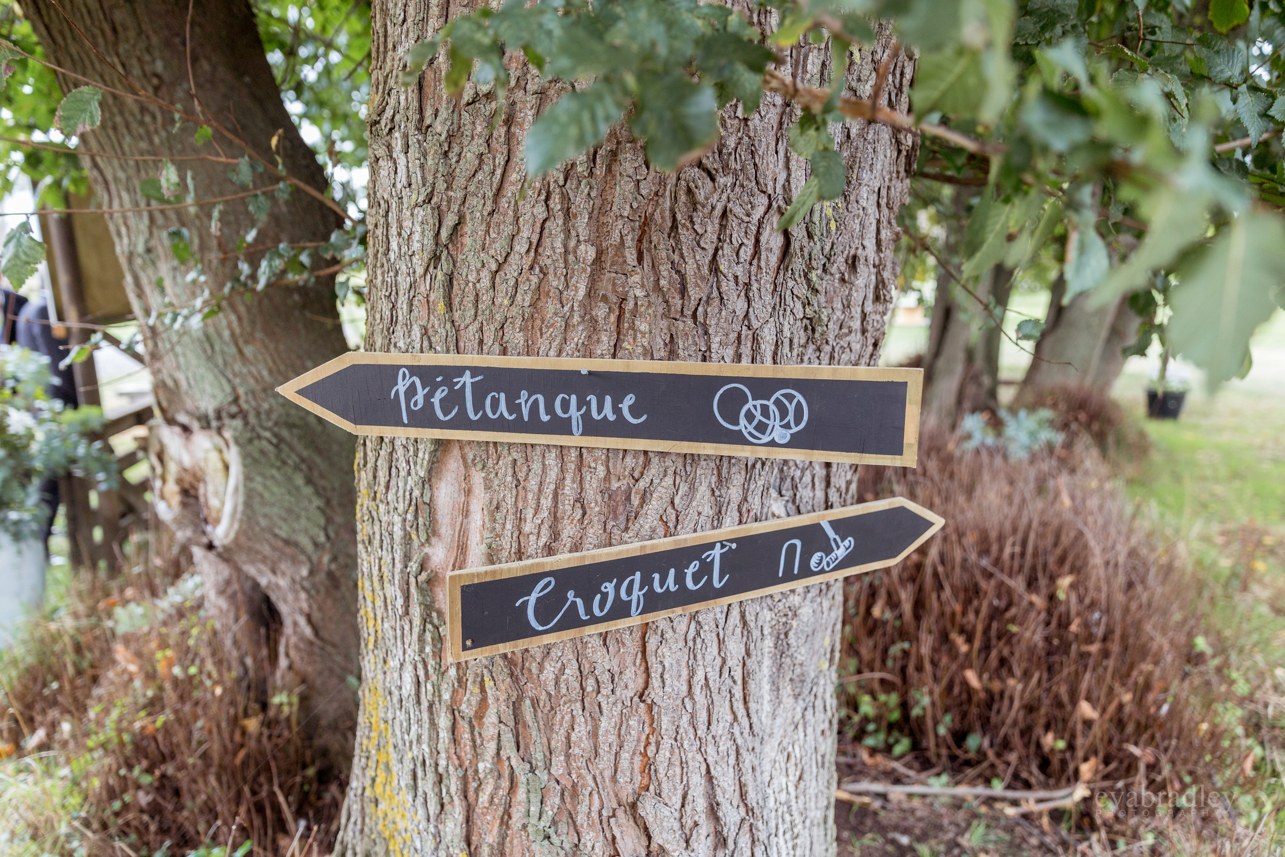 rustic-wooden-games-signs-nz