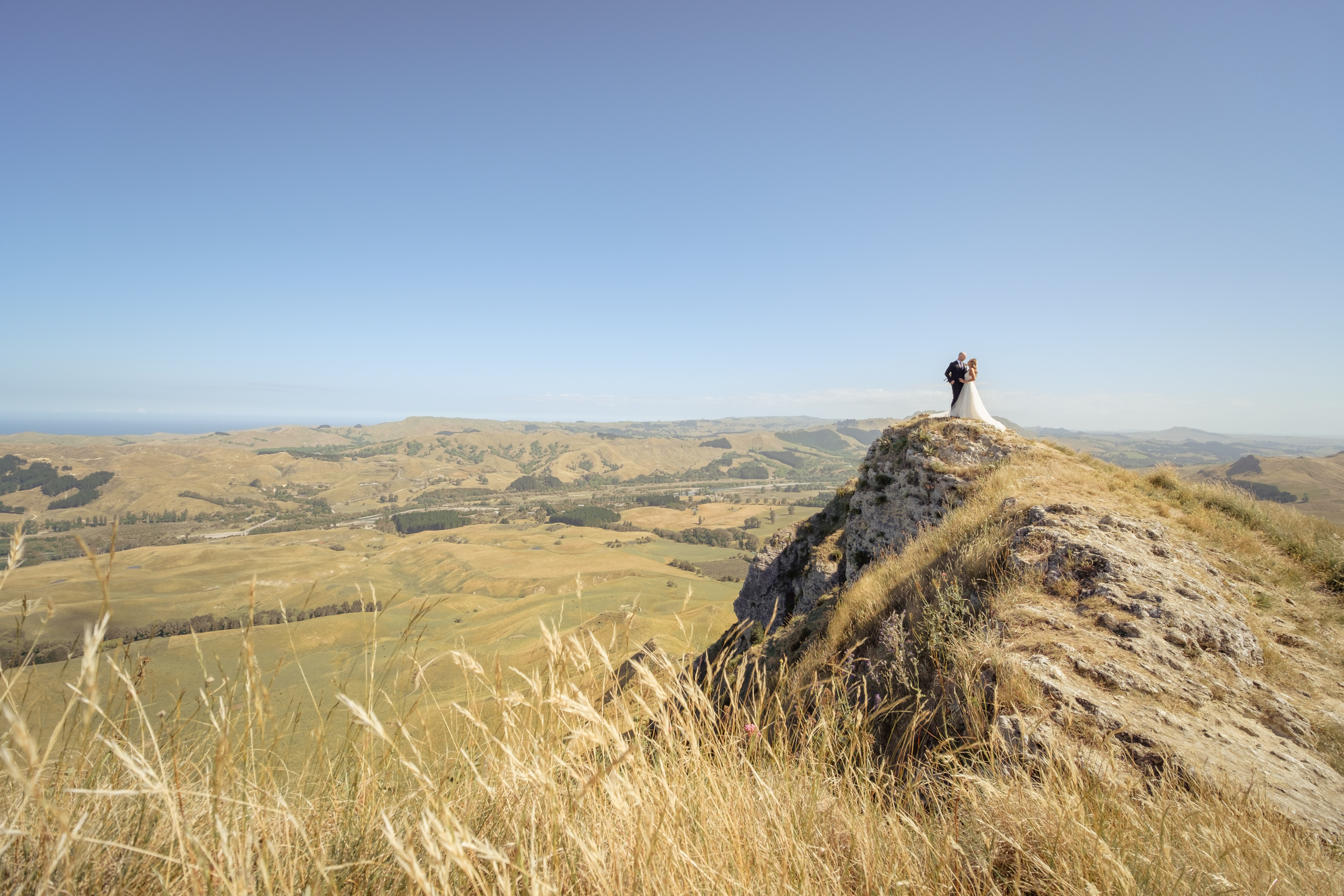 wedding-photography-at-te-mata-peak