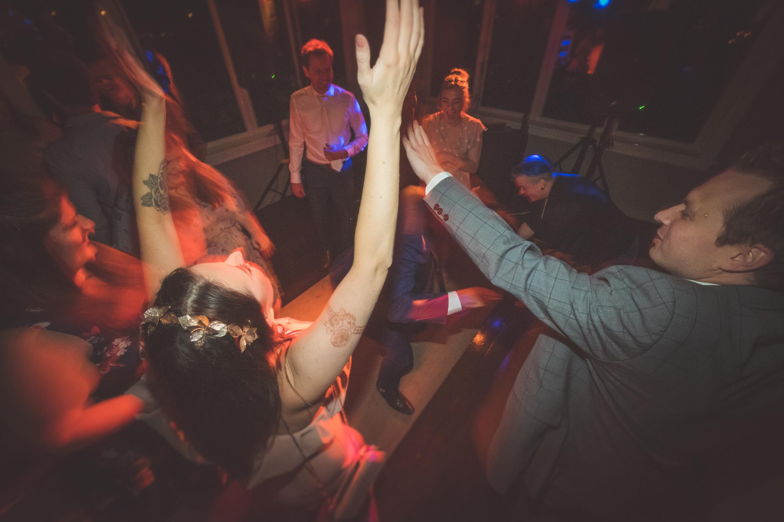 best-hawkes-bay-wedding-DJ