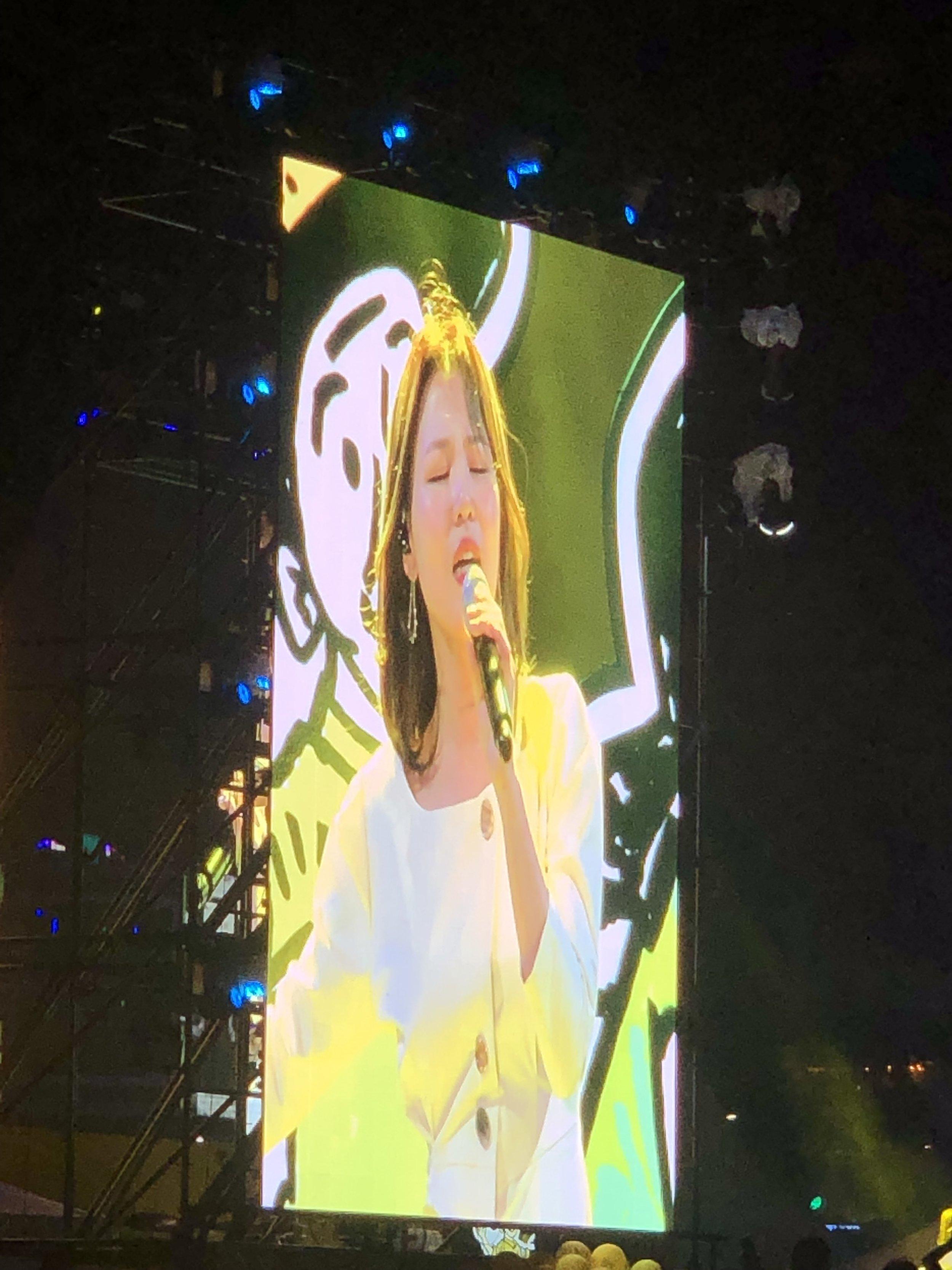 Korea's Celine Dion? (Seoul)