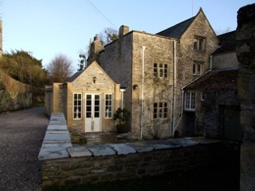 AFTER - NEW BUILD KITCHEN EXTENSION, PILTON MANOR GRADE I LISTED BUILDING, PILTON, UK