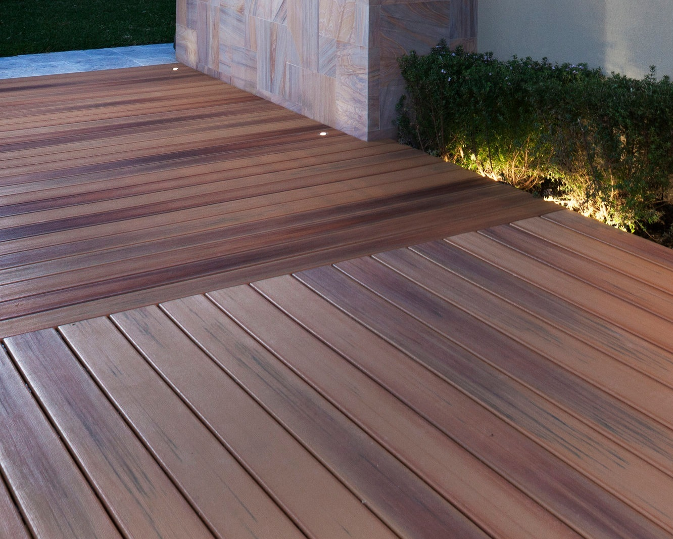 Composite Decking - DuraLife Composite Decking, Docks & Boardwalks