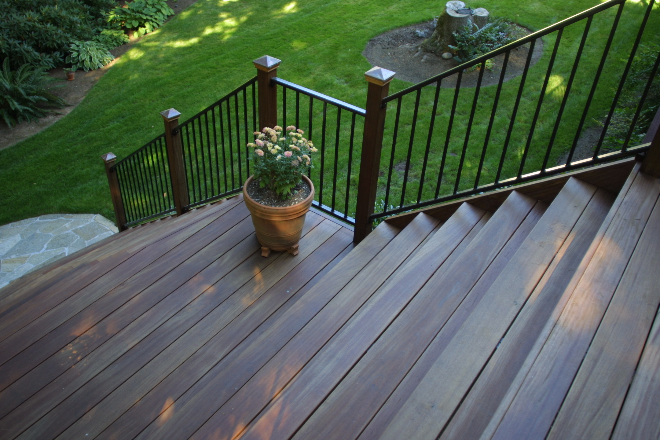 ipe-deck-shaded-stairs-2.JPG