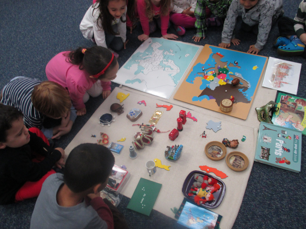 The Primary 1 students learned about the continent of Europe. They enjoyed detailed presentations about all the major countries and investigated a collection of souvenirs and artifacts that Ms. Nanuli shared.
