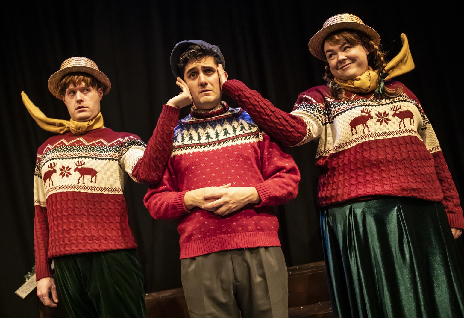 016_Crimes of the Christmas Pudding_Pamela Raith Photography.jpg