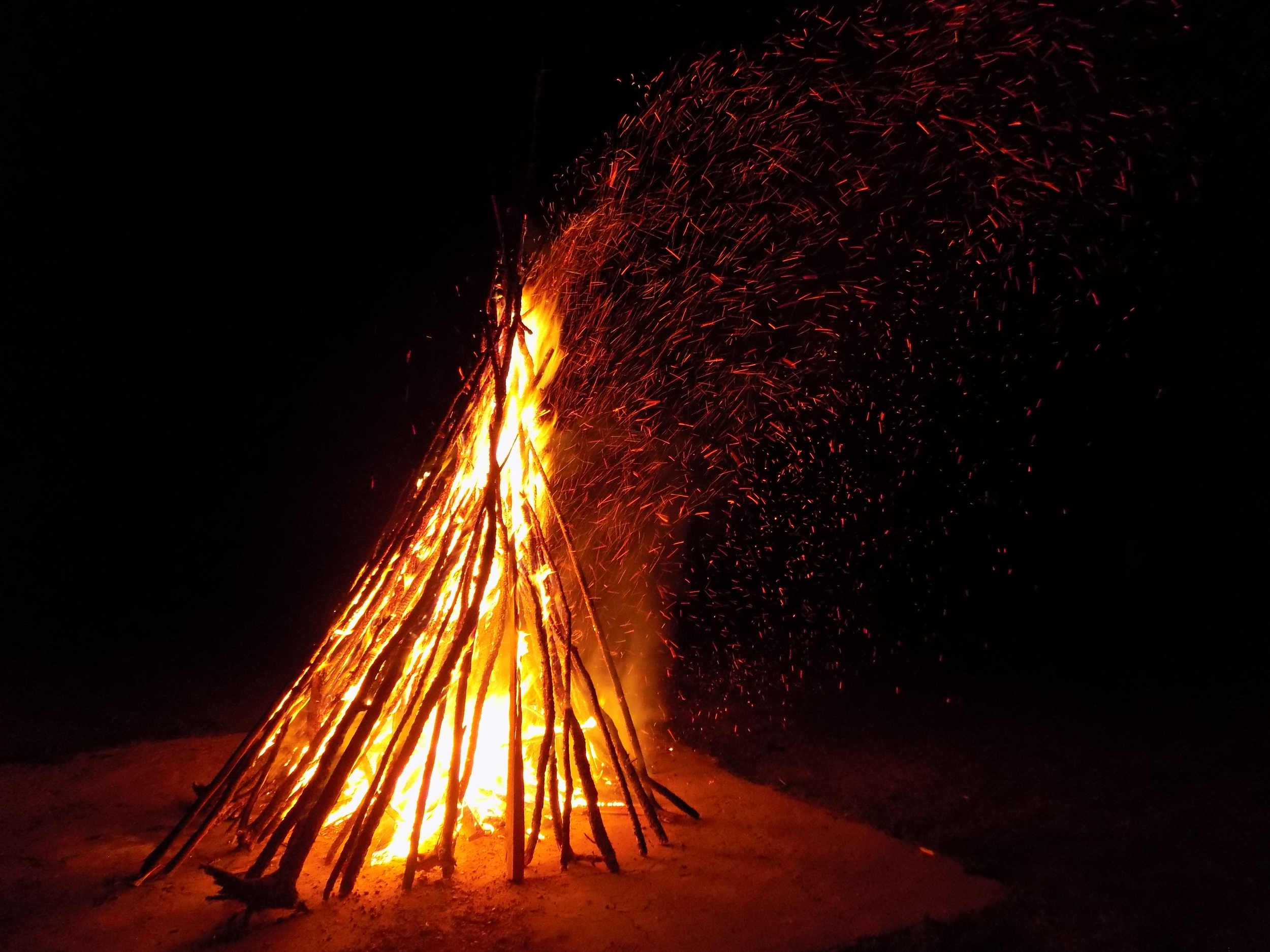 Late-night campfire, part 1