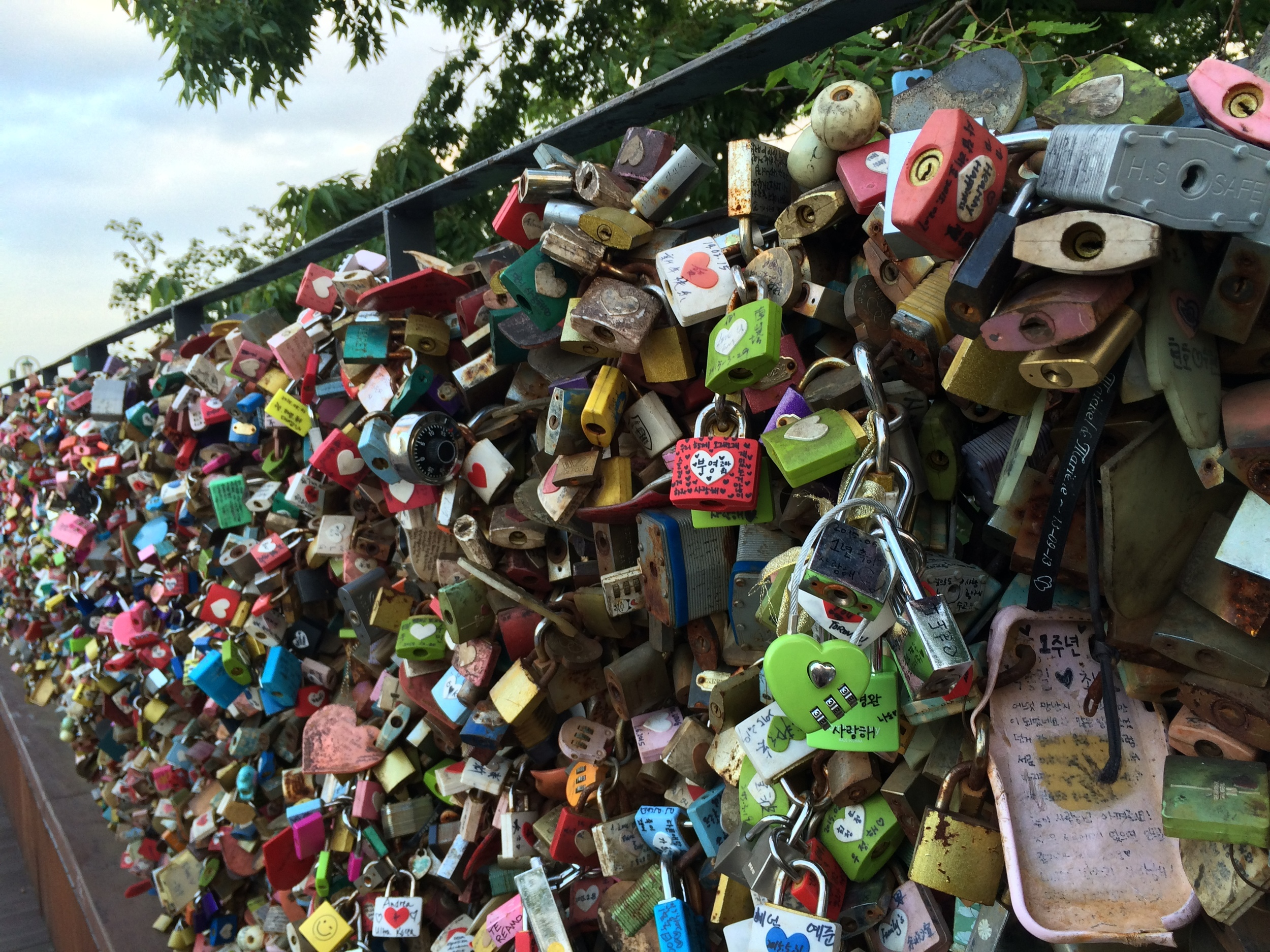 The pathways to/from the Seoul Tower are taken over by love locks.