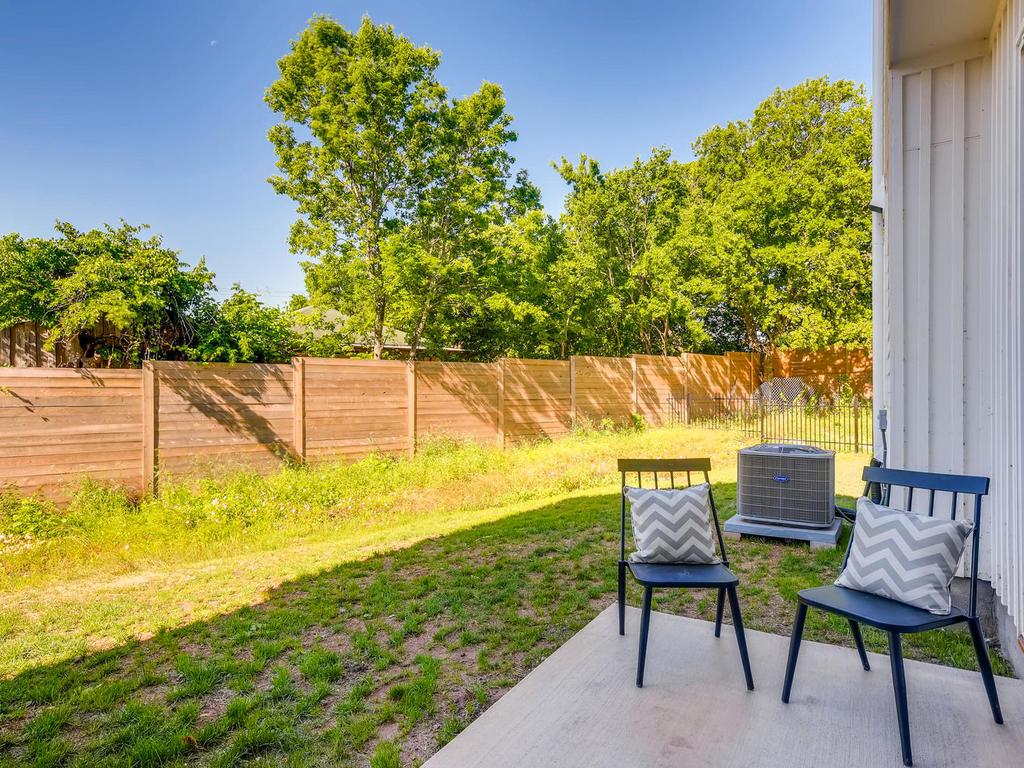 2910 Rogge Ln Austin TX 78723-024-26-Patio-MLS_Size.jpg