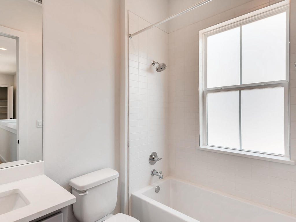 2910 Rogge Ln Austin TX 78723-021-10-2nd Floor Bathroom-MLS_Size.jpg
