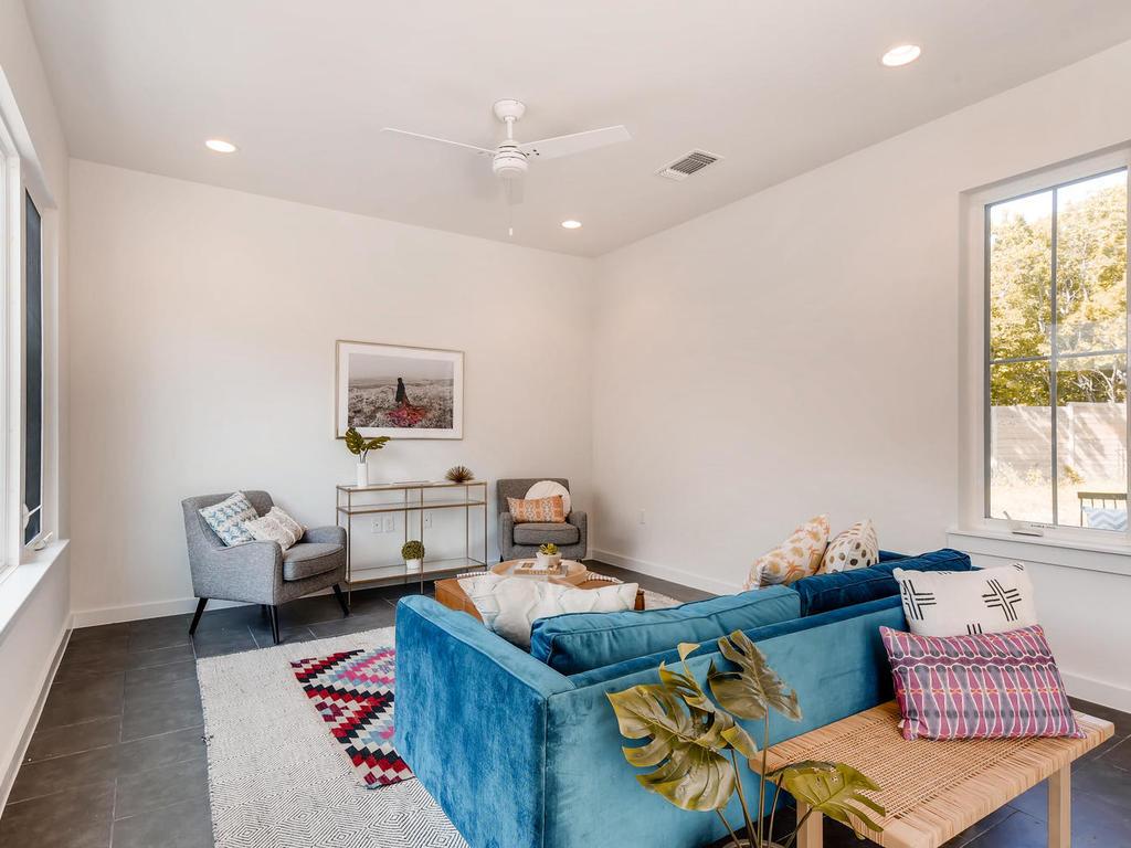 2910 Rogge Ln Austin TX 78723-006-5-Living Room-MLS_Size.jpg