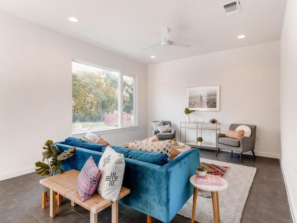 2910 Rogge Ln Austin TX 78723-005-14-Living Room-MLS_Size.jpg