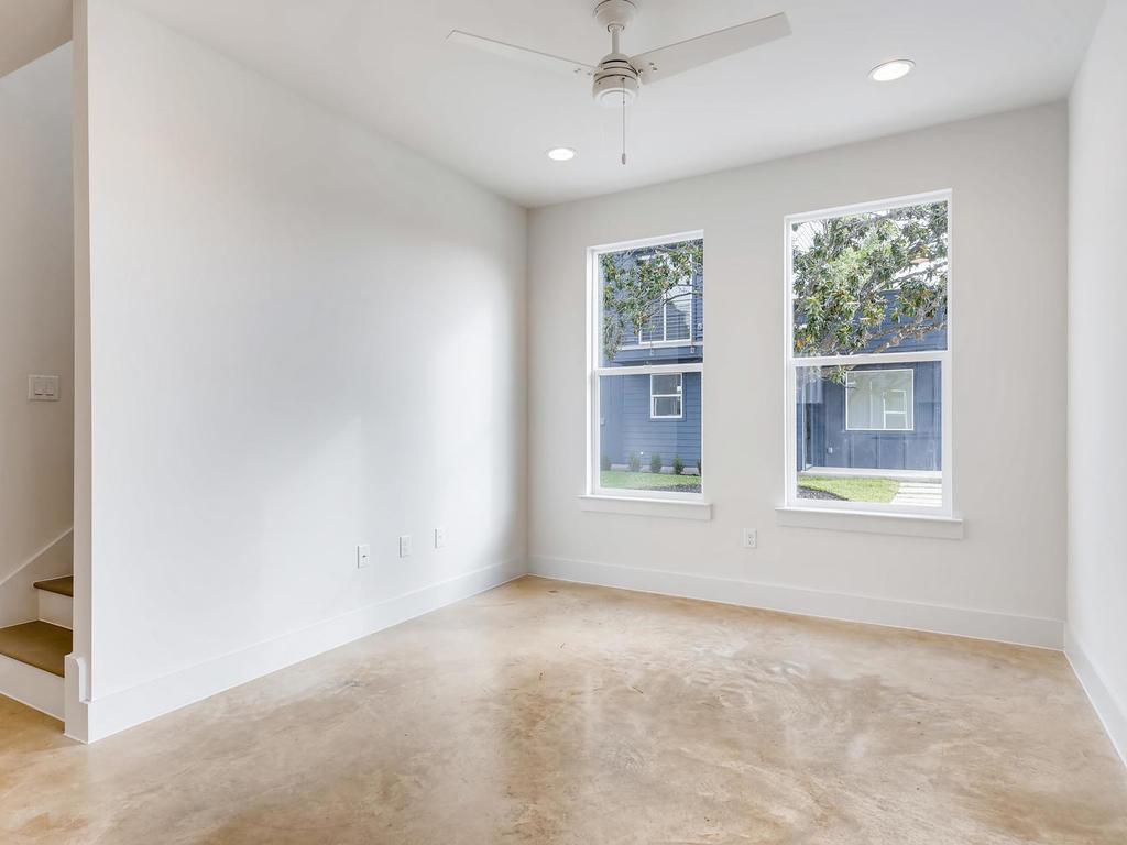 204 A Monotopolis Austin TX-006-002-Living Room-MLS_Size.jpg
