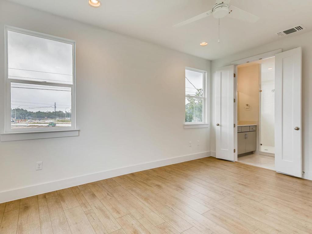 204 A Monotopolis Austin TX-015-015-2nd Floor Master Bedroom-MLS_Size.jpg