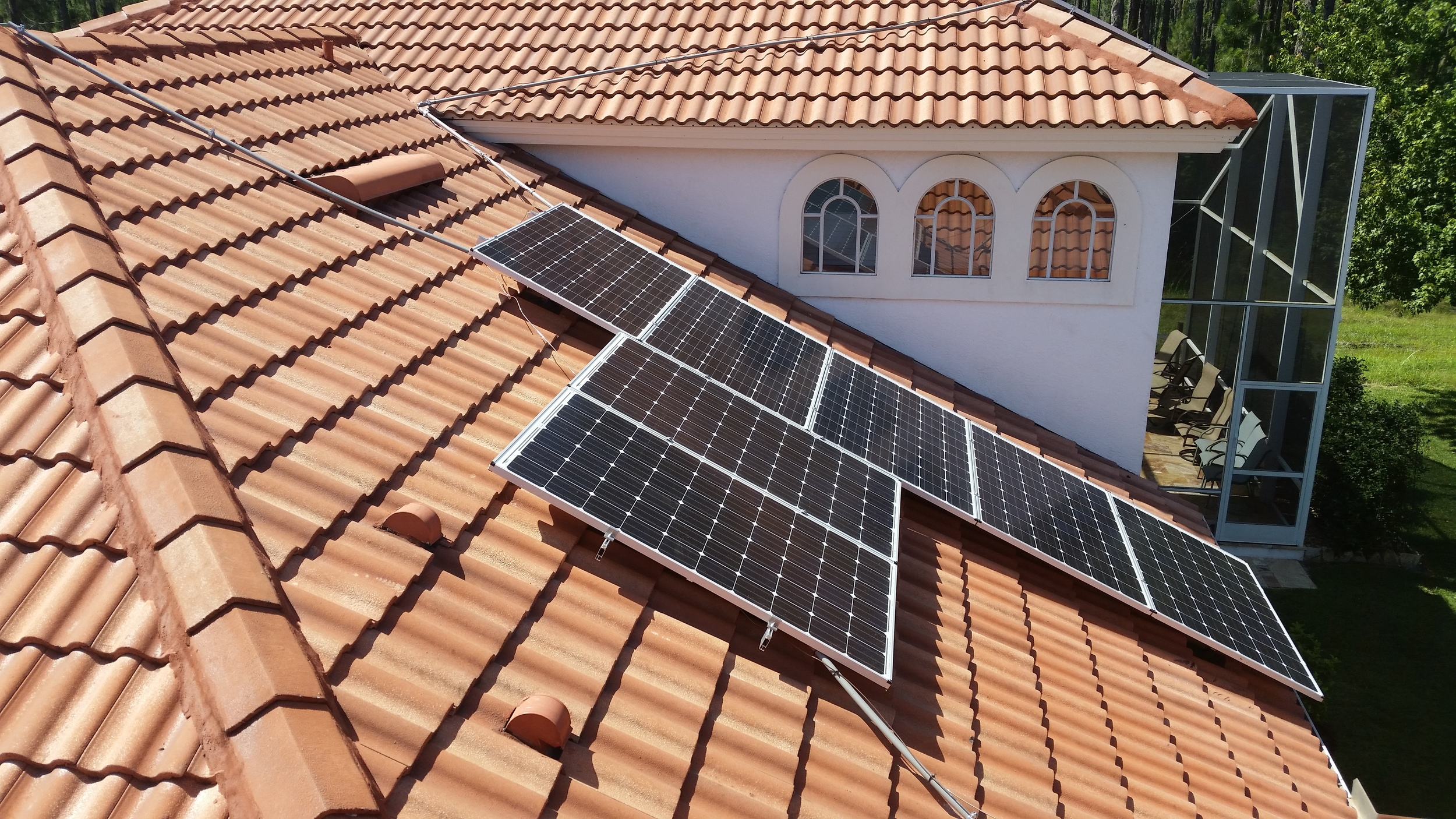 12 KW on Tile in New Tampa.jpg