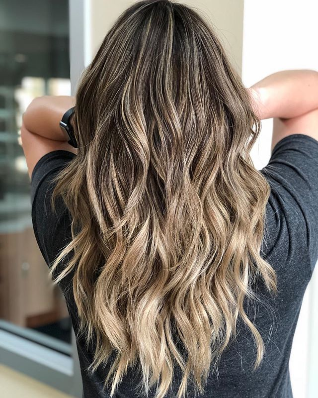 Icy blonde babylight ombré with lived in layers for movement and weightless beach waves 🌊 ... ... ... #austinsalon#austinhair#austinsalon#atxhair#atxsalon#studiotilee#tilee#llee#balayage#foilayage#dimensionalblonde#austinbalayage#ashblonde#schwarzkopf#blondeme#olaplex#guy_tang#guytangmydentity#guytang#anhcotran#livedinhair#tousledwaves#balayagehighlights#balayageombre#behindthechair#modernsalon#hairof2017#hotd#dimensionalcolor