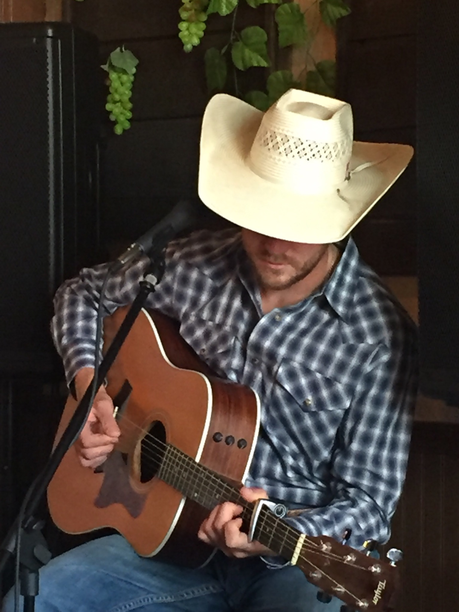 Justin Lawrence.jpeg