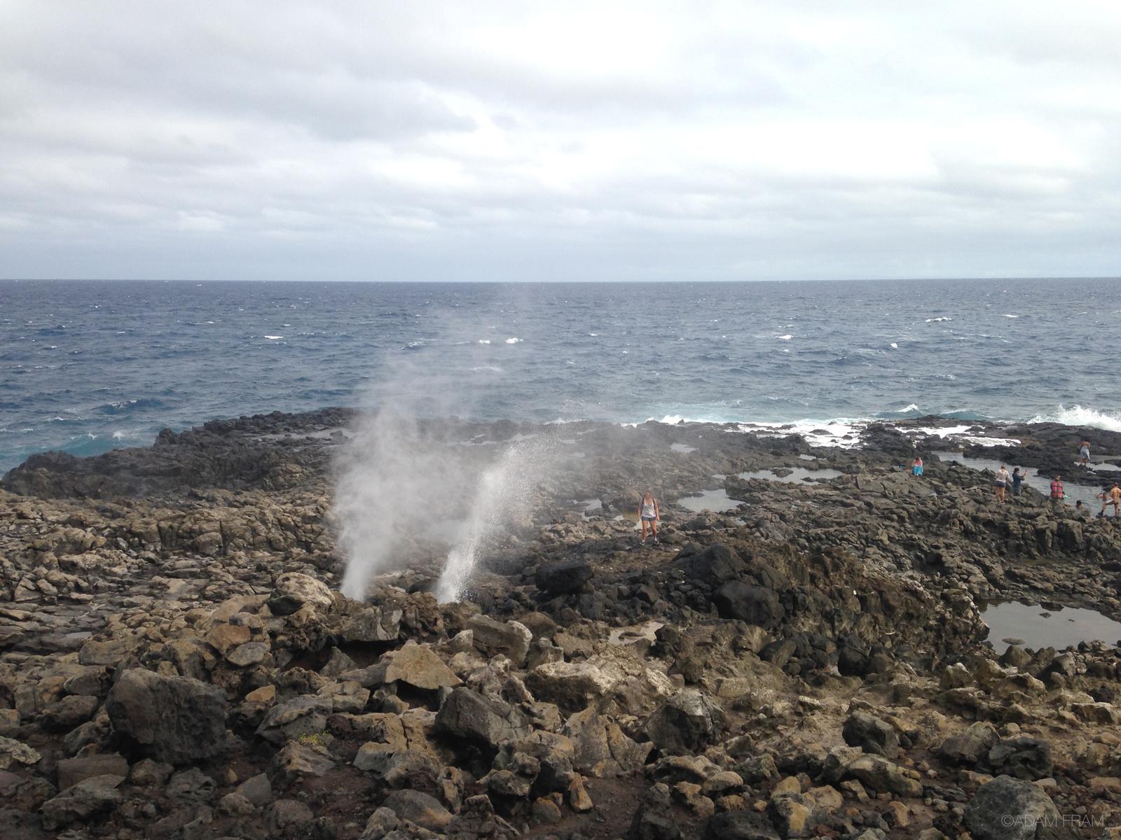 Oahu_blowhole.jpg